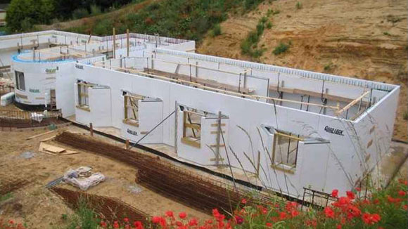 Insulated concrete formwork icf changing spaces for Icf concrete roof